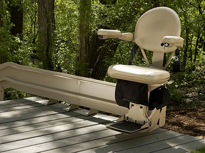 The Elite Curved Outdoor Stairlift by Bruon